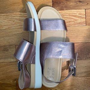 💖HP: Naturalizer Metallic Sandal